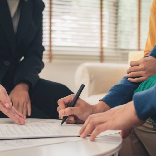 Hiring A Real Estate Agent When Buying/Selling/Renting A Property